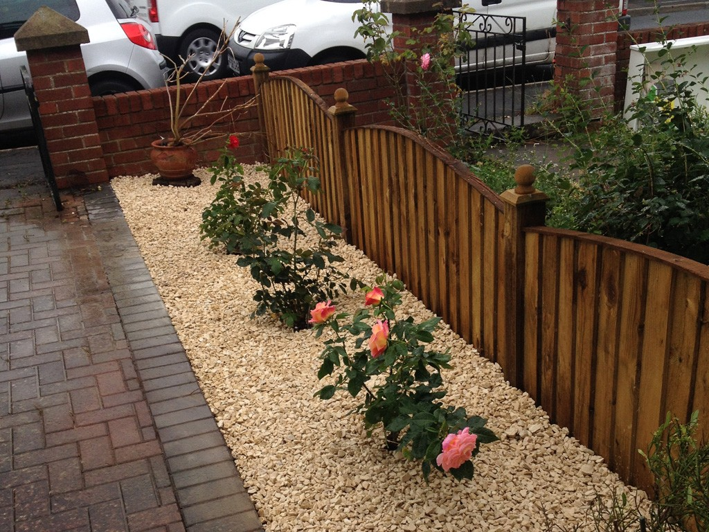 Gardening services keynsham bath bristol local garderner for Front garden fence designs